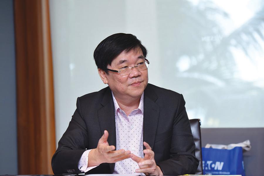 มร.จิมมี่ ยัม รองประธานฝ่ายขายประจำภูมิภาคเอเชียตะวันออก ส่วนธุรกิจไฟฟ้า บริษัท อีตั้น อิเล็คทริค จำกัด