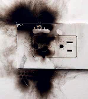 ไฟช๊อต จากไฟฟ้าลัดวงจร