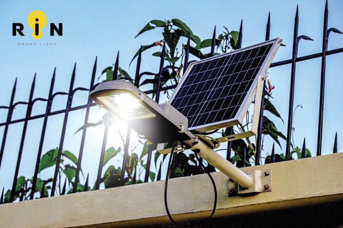 ไฟสปอร์ตไลท์โซลาร์ LED 50W-150W ริน