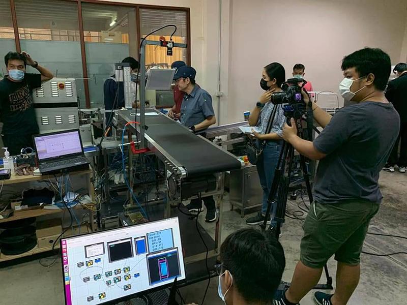 ต่อยอดงานวิจัย สกสว. ใช้ AI ตรวจสอบคุณภาพการผลิตหน้ากากอนามัยในโรงงาน CP