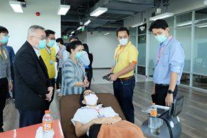 นวัตกรรมหุ่นยนต์ไทยสู้โควิด-19