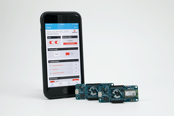 บอร์ดพัฒนา AVR-BLE และ PIC-BLE ได้รับการกำหนดค่าล่วงหน้าเพื่อเชื่อมต่อกับอุปกรณ์ที่เปิดใช้งาน BLE