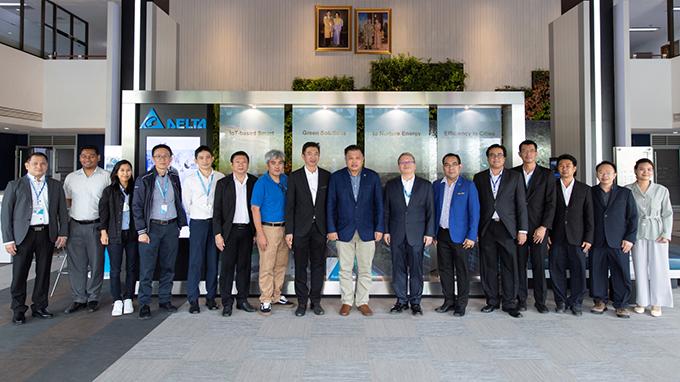 เดลต้าต้อนรับประธาน EEC-HDC สร้างความร่วมมือเพื่อพัฒนาการฝึกอบรม และภาคอุตสาหกรรมตามกรอบไทยแลนด์ 4.0