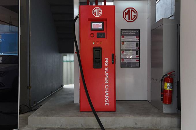 MG เดินหน้าหนุนรถยนต์พลังงานไฟฟ้าในไทยจับมือ สวทช. กำหนดมาตรฐานสถานีชาร์จยานยนต์ไฟฟ้า